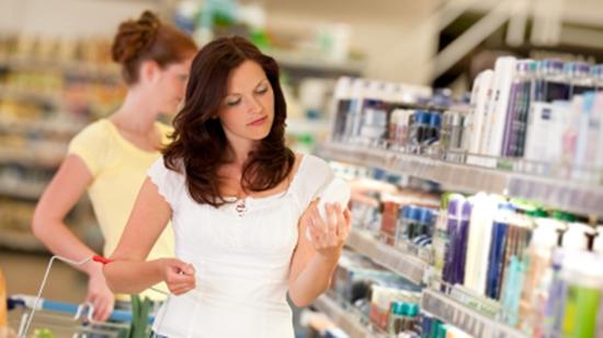Kosmetikprodukte beinhalten oftmals gesundheitsschädliche Substanzen